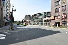 駅前の大通りの様子。(2020-08-06,共用部,ENVIRONMENT,1F)