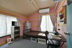 専有部の様子。家具・家電、その他の細かな備品は専有部ごとに設置されています。(204号室)(2020-06-04,専有部,ROOM,2F)