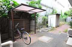 自転車置場の様子。  (2012-07-24,共用部,OTHER,1F)