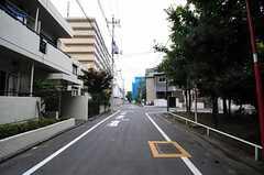 シェアハウス前の道路の様子。(2012-07-24,共用部,ENVIRONMENT,1F)