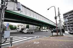 シェアハウスから西部池袋線・桜台駅へ向かう道の様子。(2012-07-24,共用部,ENVIRONMENT,1F)