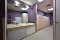 女性用脱衣室の洗面台。(2021-05-31,共用部,WASHSTAND,1F)