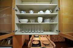 食器棚の様子。(2011-07-29,共用部,KITCHEN,1F)