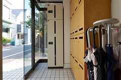 宅配ボックスが設置されています。(2014-04-24,周辺環境,ENTRANCE,1F)