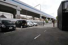 駐車場の様子。(2013-08-20,共用部,GARAGE,1F)