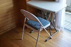 椅子の様子。(203号室)(2012-01-31,専有部,ROOM,2F)