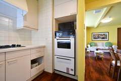 オーブンが2台設置されています。(2017-07-24,共用部,KITCHEN,1F)