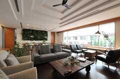天井の意匠がかっこいいです。(2013-09-09,共用部,LIVINGROOM,1F)