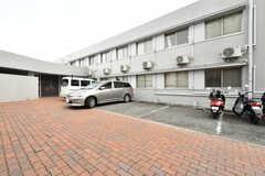 駐車場の様子。(2020-03-23,共用部,GARAGE,1F)