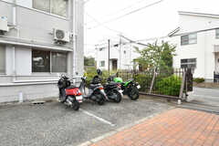 バイク置き場の様子。(2020-03-23,共用部,GARAGE,1F)