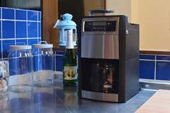コーヒーメーカーの様子。(2016-07-12,共用部,LIVINGROOM,1F)
