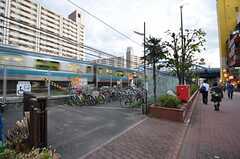 駅の近くに駐輪場があります。(2014-10-14,共用部,ENVIRONMENT,1F)