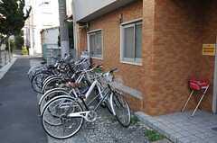 自転車置き場の様子。(2014-03-24,共用部,GARAGE,1F)