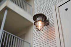 玄関のランプ。(2017-02-23,周辺環境,ENTRANCE,1F)
