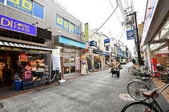 駅前から続く商店街の様子。(2017-02-23,共用部,ENVIRONMENT,1F)