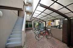 自転車置場の様子。(2010-03-03,共用部,GARAGE,1F)