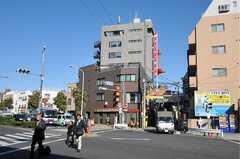 京急本線・糀谷駅からシェアハウスへ向かう道の様子。(2011-11-17,共用部,ENVIRONMENT,1F)
