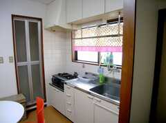 シェアハウスのキッチンの様子。(2007-07-29,共用部,KITCHEN,3F)