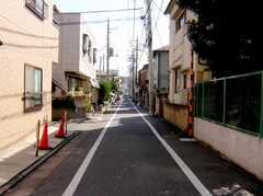 京浜急行線雑色駅からシェアハウスへ向かう道の様子。(2007-02-16,共用部,ENVIRONMENT,1F)