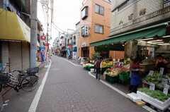 京急本線梅屋敷駅からシェアハウスへ向かう道の様子。(2008-05-07,共用部,ENVIRONMENT,1F)