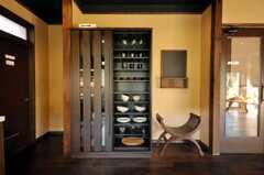 食器棚の様子。(2009-11-06,共用部,LIVINGROOM,1F)