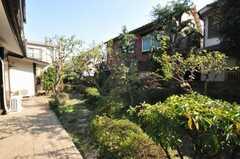 庭付き。(2009-11-06,共用部,OTHER,1F)