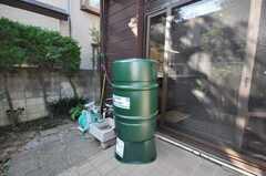 雨水タンク付き。庭の水は雨水で賄う。(2009-11-06,共用部,OTHER,1F)
