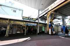 京急本線雑色駅の様子。(2010-06-24,共用部,ENVIRONMENT,1F)