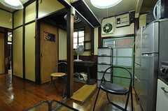 シェアハウスのリビングの様子2。(2010-11-16,共用部,LIVINGROOM,1F)