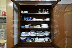 食器棚の様子。(2015-09-16,共用部,KITCHEN,1F)