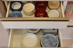 食器棚の様子2。(2012-05-21,共用部,KITCHEN,1F)