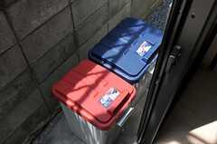 ゴミ箱の様子。(2012-05-21,共用部,OTHER,1F)