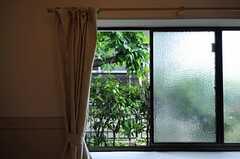 みどりいっぱいの窓先。(101号室)(2012-05-21,専有部,ROOM,1F)