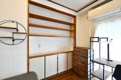 本棚が造り付けです。(202号室)(2021-03-18,専有部,ROOM,2F)