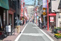 京急線・穴守稲荷駅前の商店街の様子。(2021-03-18,共用部,ENVIRONMENT,1F)