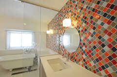 バスルームの洗面台の様子。タイルがかわいい。(2011-03-11,共用部,BATH,3F)