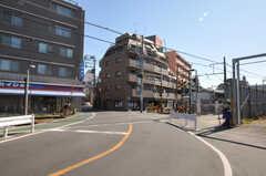 東急多摩川線・沼部駅前の様子。(2011-03-11,共用部,ENVIRONMENT,1F)