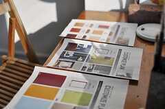 有料となりますが、全室入居時に壁紙・壁塗装、フローリング張りなどのオプションを選べます。(518号室)(2014-03-28,専有部,ROOM,5F)