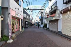 駅からの道のりは商店街。(2016-11-07,共用部,ENVIRONMENT,1F)
