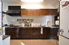 キッチンの様子。(2016-02-12,共用部,KITCHEN,1F)