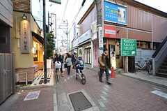 駅前から続く商店街の様子。(2016-02-12,共用部,ENVIRONMENT,1F)