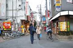 駅前から続く商店街の様子2。(2016-02-12,共用部,ENVIRONMENT,1F)