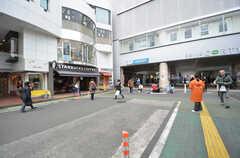小田急小田原線・成城学園前駅の様子。(2015-02-09,共用部,ENVIRONMENT,1F)