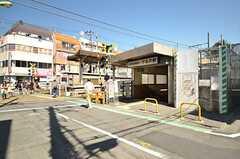 各線・下北沢駅の様子。西口が最寄りの出入り口です。(2016-03-17,共用部,ENVIRONMENT,1F)
