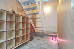 正面玄関から見た内部の様子。(2011-01-28,周辺環境,ENTRANCE,1F)