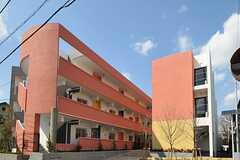 シェアハウスの外観。新築のA棟と、リノベーションされたB棟の2棟構成です。(2012-03-14,共用部,OUTLOOK,1F)