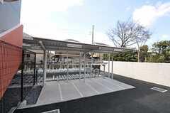 立体駐輪場の様子。(2012-03-14,共用部,GARAGE,1F)