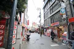 京王線・千歳烏山駅周辺商店街の様子。(2012-03-14,共用部,ENVIRONMENT,1F)