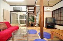 シェアハウスのラウンジの様子2。(2009-12-28,共用部,LIVINGROOM,1F)
