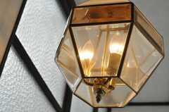 階段の照明。(2009-12-28,共用部,OTHER,2F)